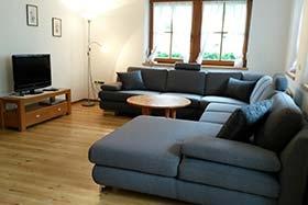 Wohnzimmer im Ferienhaus Finkenberg