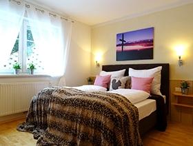 Appartementhaus Alpenjuwel: Schlafzimmer (Beispiel)